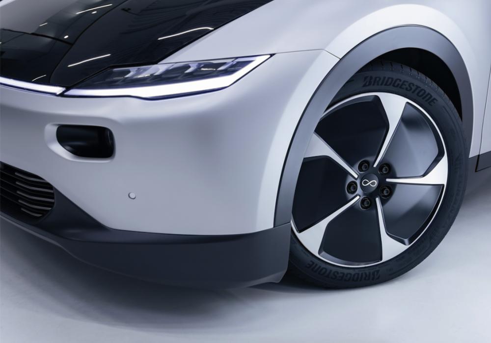 Bridgestone levert banden voor Lightyear
