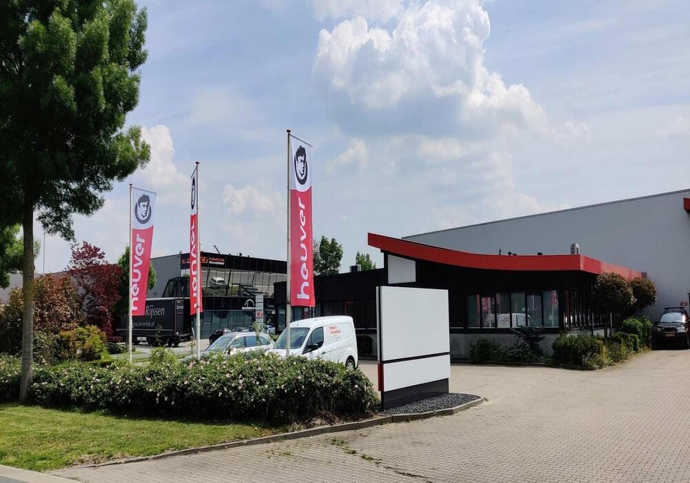 Heuver opent montagecentrum in Hardenberg