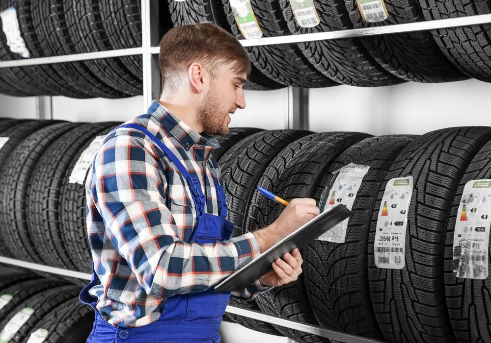 Michelin koopt zich verder in Allopneus in